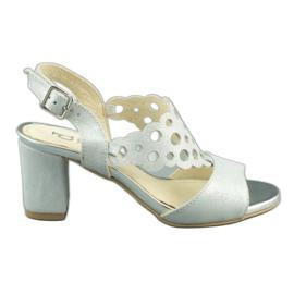 Dolce Pietro Zamszowe sandały damskie na słupku 2083 biało-srebrne białe srebrny wielokolorowe