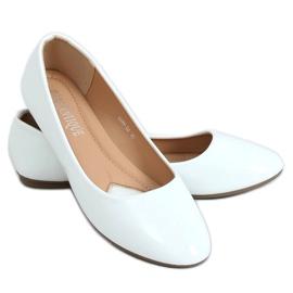 Baleriny lakierowane białe 9988-60 White