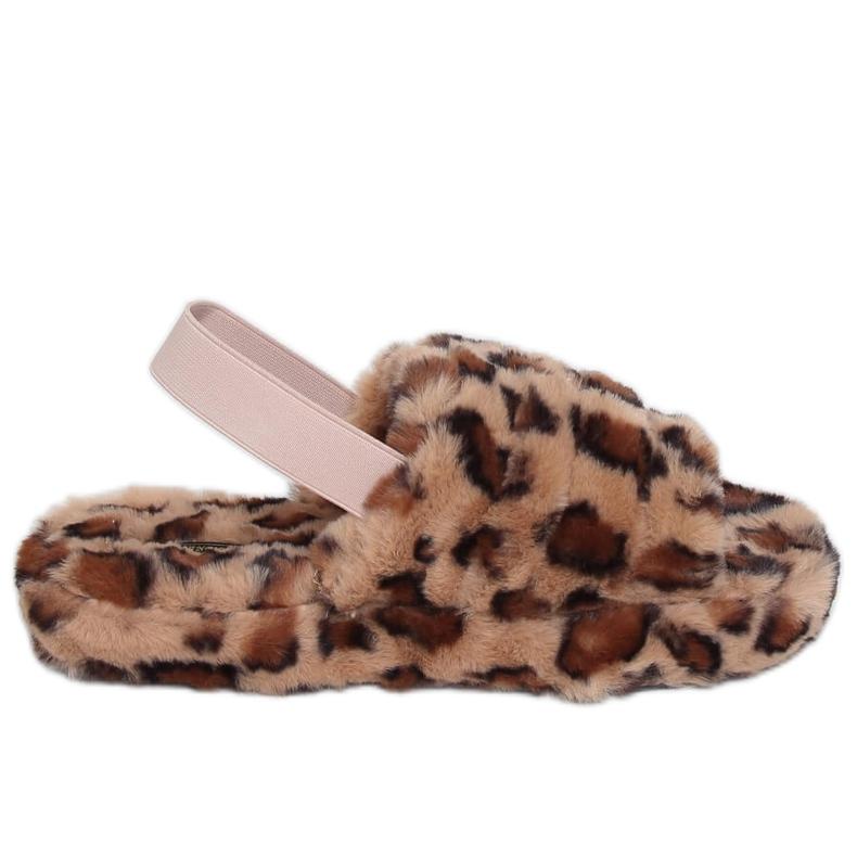 Kapcie damskie z gumką brązowe X8130 Leopard
