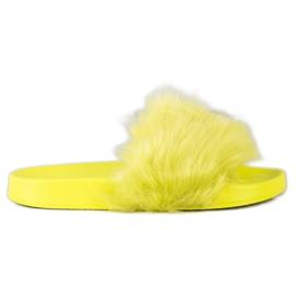 SHELOVET Gumowe Klapki Z Futerkiem zielone żółte