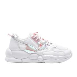 Białe buty sportowe Jaycee