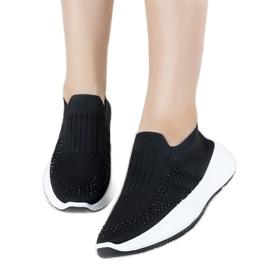 Czarne sneakersy sportowe wsuwane Lolly