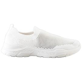 Ideal Shoes Wsuwane Buty Z Siateczką białe