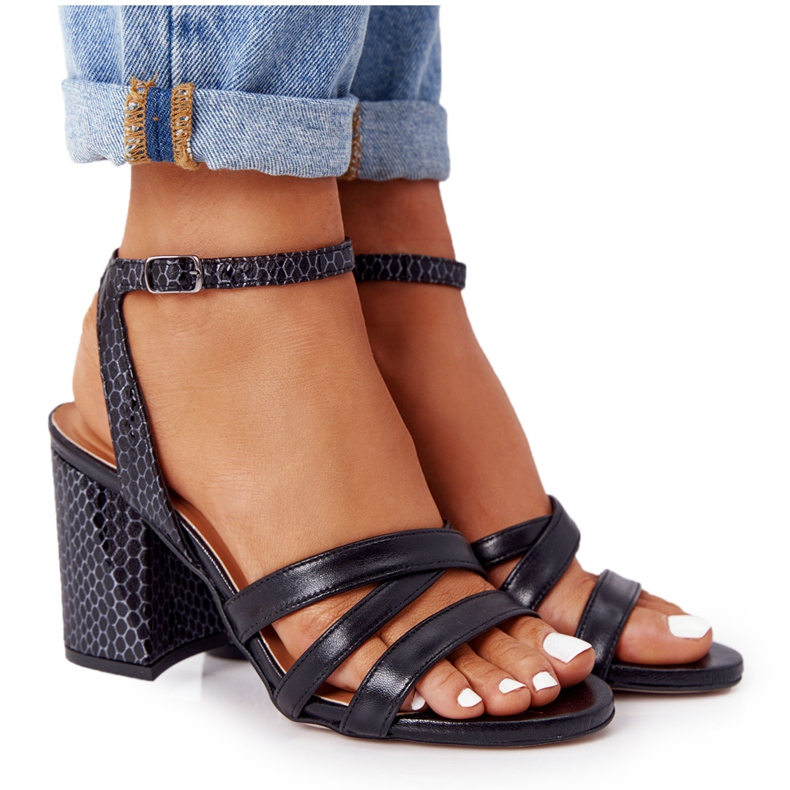 PV3 Skórzane Sandały Na Słupku Czarne Visconi 4400476