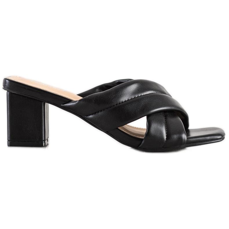 Small Swan Eleganckie Klapki Z Eko Skóry czarne