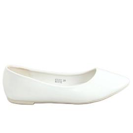Baleriny gładkie lakierowane białe CC201 White