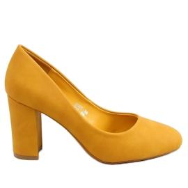 Czółenka na słupku miodowe 3005 Yellow żółte