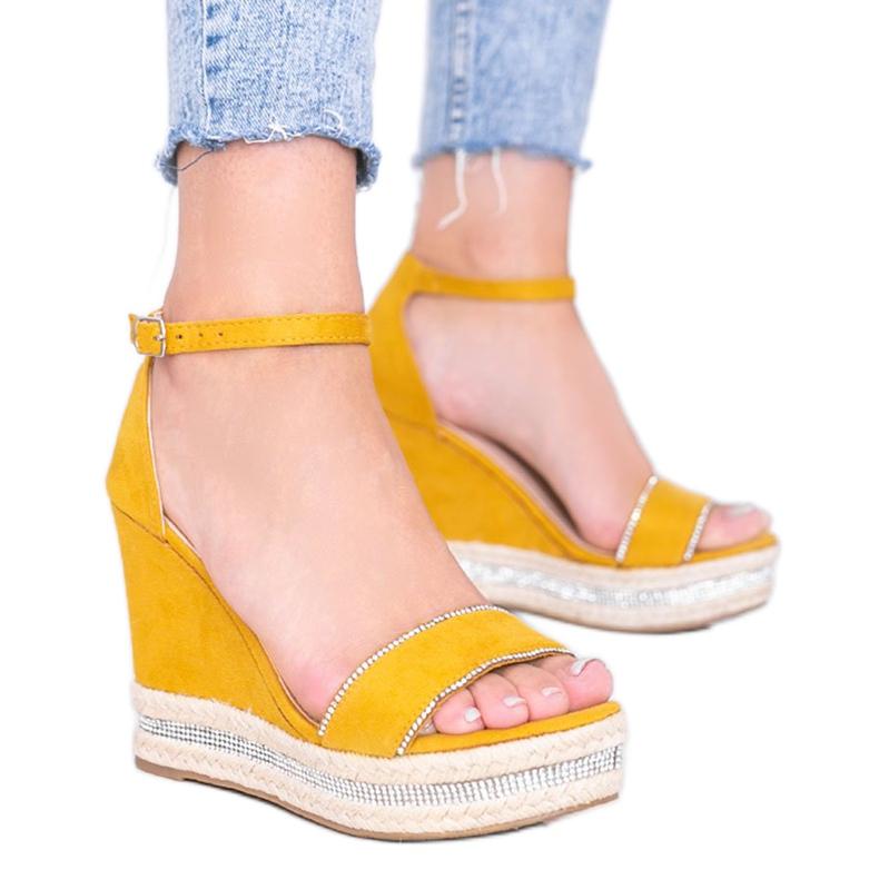 Musztardowe sandały na koturnie z cyrkoniami Sun Sparrow żółte