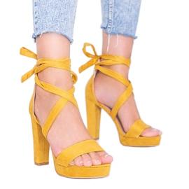 Musztardowe sandały wiązane Ginny żółte