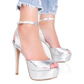Srebrne sandały na wysokiej szpilce Megi srebrny