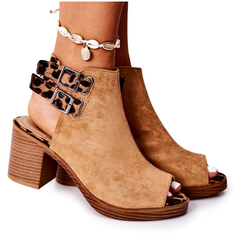 Zamszowe Sandały Na Słupku Lu Boo Camel Leopard brązowe