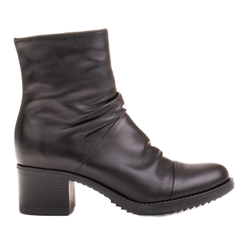 Marco Shoes Wygodne botki z czarnej skóry z marszczeniem