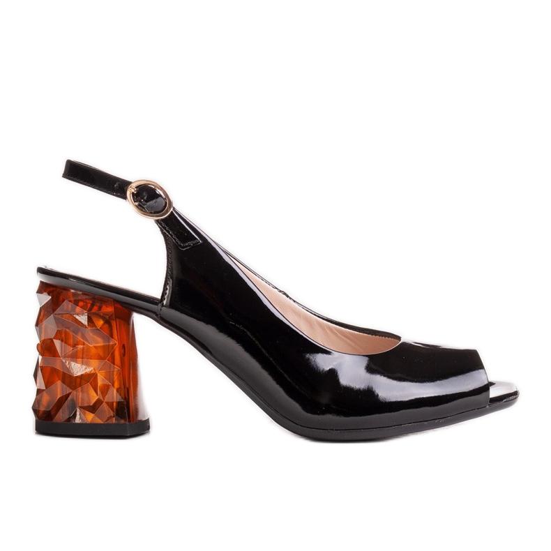 Marco Shoes Lakierowane sandały czarne z bursztynowym obcasem 3D