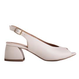 Marco Shoes Białe sandały 1573P ze skóry na stabilnym obcasie