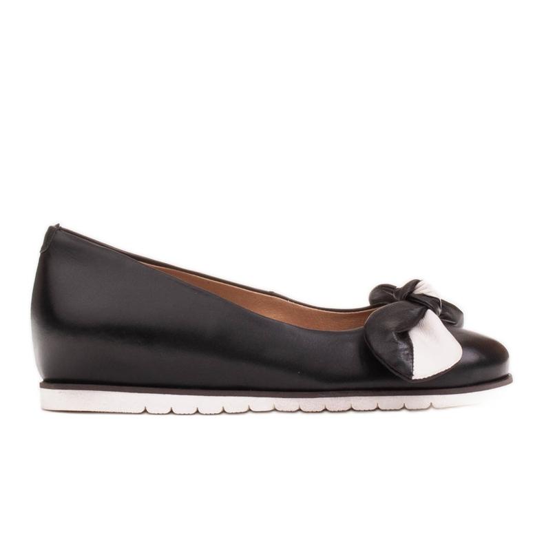 Marco Shoes Komfortowe półbuty z ukrytym klinem podwyższającym czarne