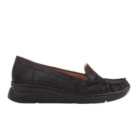 Radoskór Wygodne czarne półbuty damskie na szerszą stopę