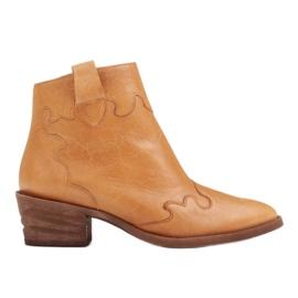 Marco Shoes Żółte botki z nieregularnie marszczonej skóry naturalnej