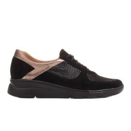 Radoskór Komfortowe półbuty na szerszą stopę na lekkiej podeszwie czarne