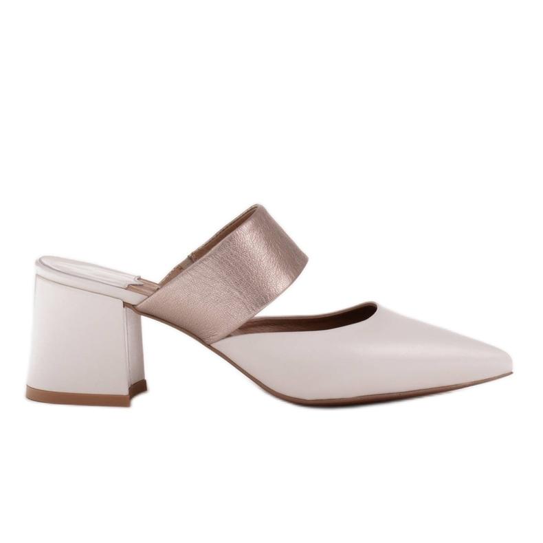 Marco Shoes Eleganckie klapki damskie na lato beżowy białe