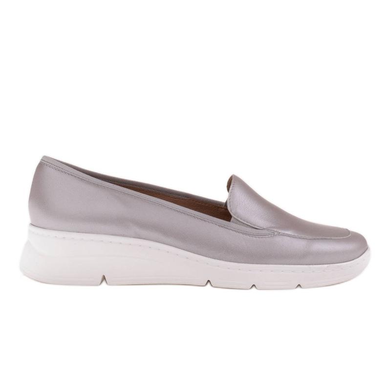 Radoskór Wygodne srebrne półbuty damskie na szerszą stopę srebrny