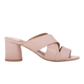 Marco Shoes Skórzane klapki damskie ze skóry w pocięte pasy beżowy