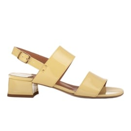 Marco Shoes Sandały Cinta z obcasem powlekanym skórą żółte