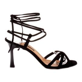 Marco Shoes Eleganckie sandały na szpilce z wiązanym rzemykiem czarne