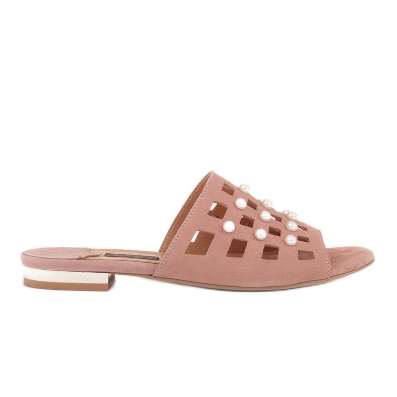 Marco Shoes Eleganckie klapki damskie z perłami i perforacją różowe
