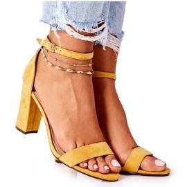PS1 Zamszowe Sandały Na Słupku Żółte Florence