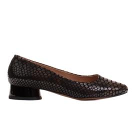 Marco Shoes Baleriny ze skóry wężowej z okrągłym obcasem czarne