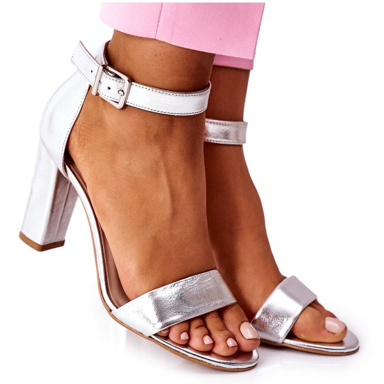 Klasyczne Skórzane Sandały Na Słupku Laura Messi 1760 Srebrne srebrny