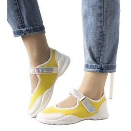Żółto białe obuwie sportowe z holograficzną wstawką Melania żółte