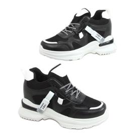 Buty sportowe na koturnie czarne 2D12YD0190-01 Black