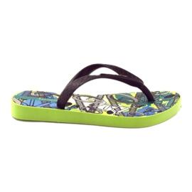 Klapki buty dziecięce na basen Ipanema 81713 czarne wielokolorowe