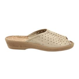Befado obuwie damskie kapcie klapki 581d169 brązowe
