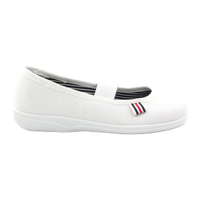 Kapcie dziewczęce czeszki Befado 274X013 białe