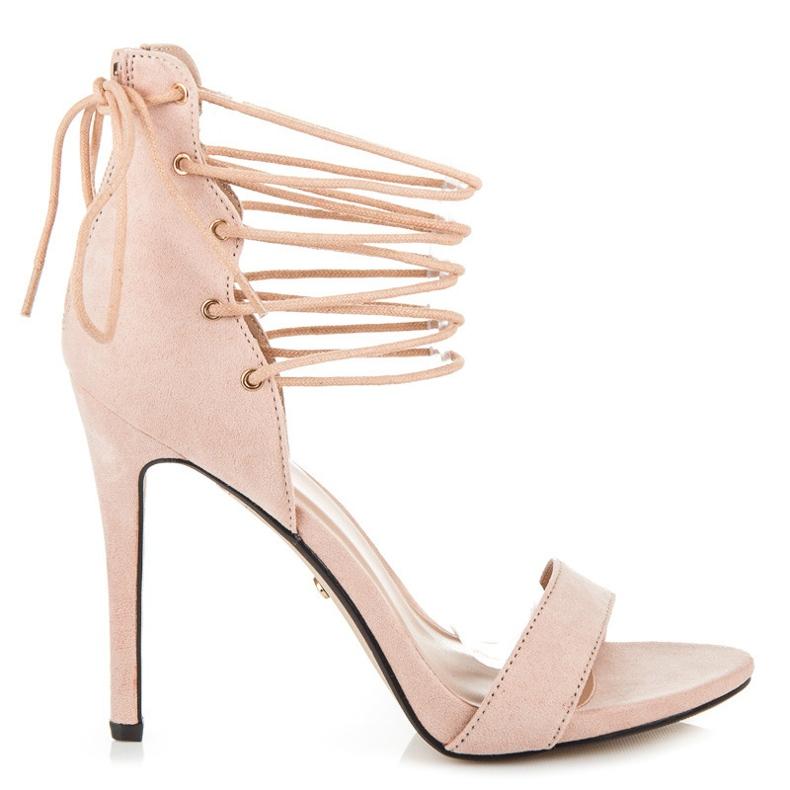 Ideal Shoes Wiązane sandałki na szpilce brązowe