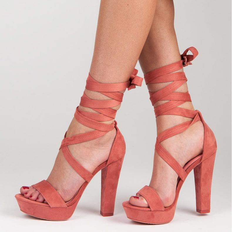 Yes Mile Sandały ze stylowym wiązaniem różowe