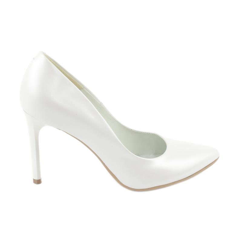 Czółenka na szpilce biała perła Espinto C-602/134 białe