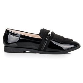 Ideal Shoes Czarne lakierowane mokasyny