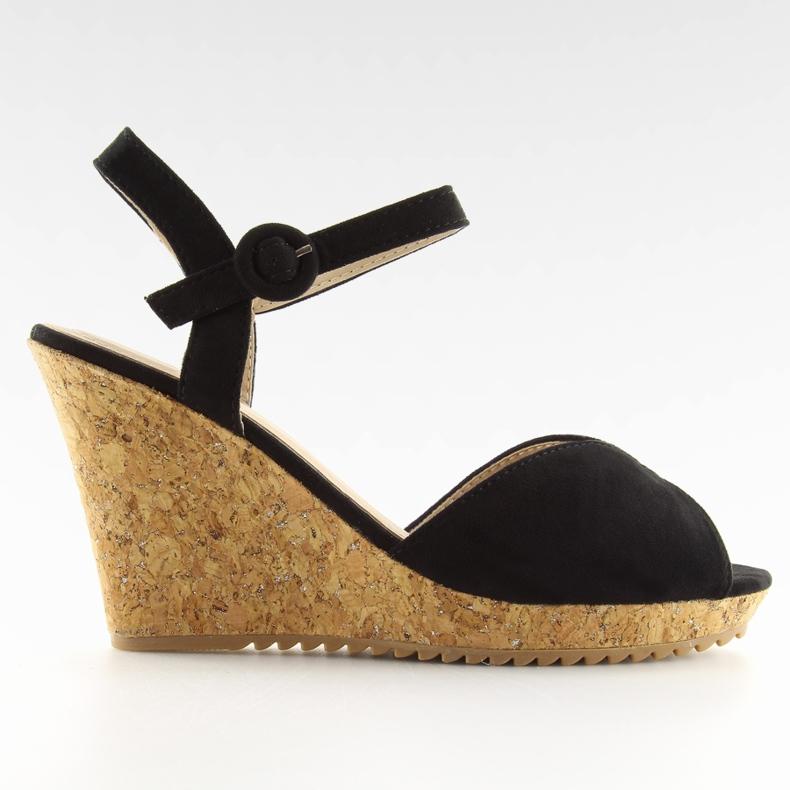 Sandałki na korkowym koturnie czarne 3811