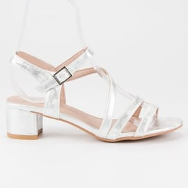 Ideal Shoes Sandały na płaskim obcasie szare