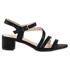 Ideal Shoes Sandały na płaskim obcasie czarne