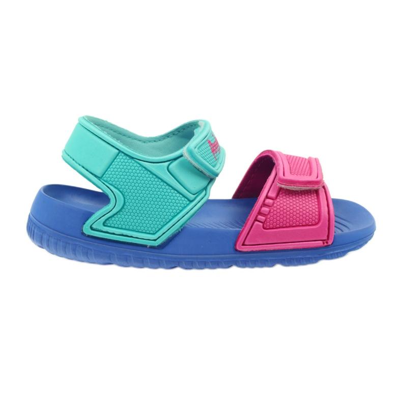American Club niebieskie sandałki dziecięce do wody