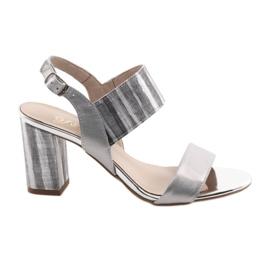 Sandały damskie na słupku Gamis 3390 srebrne szare