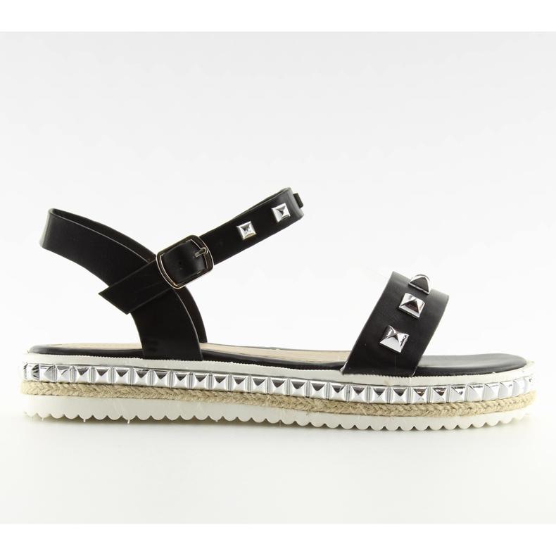 Sandałki z ćwiekami czarne 35-132 black
