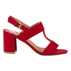 SDS Czerwone sandały na słupku