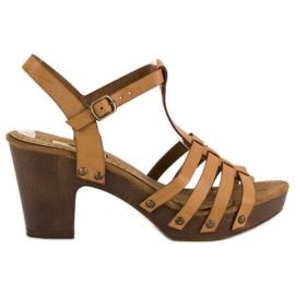 Corina Lekkie sandały na słupku brązowe