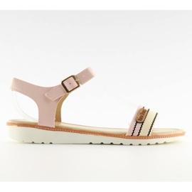 Sandałki na płaskiej podeszwie różowe J1024