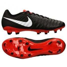 Buty piłkarskie Nike Legend 7 Academy Fg M AO2596-006